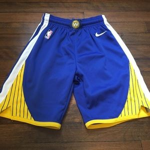 Nike shorts golden state warriors.